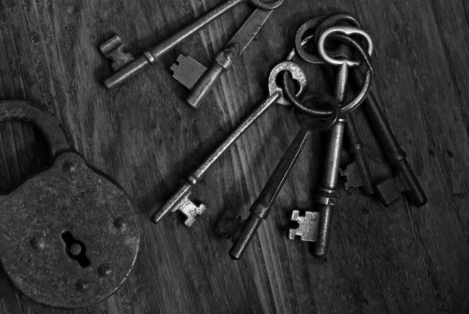 image of keys symbolizing career planning keys